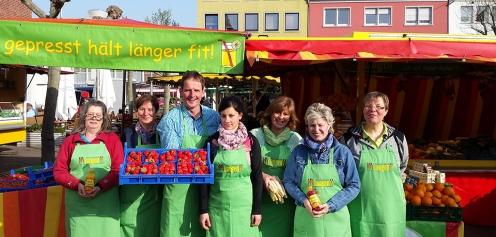 Obst- und Gemüsehof Langen auf dem Wochenmarkt in Düren (Quelle: Klaus Langen)