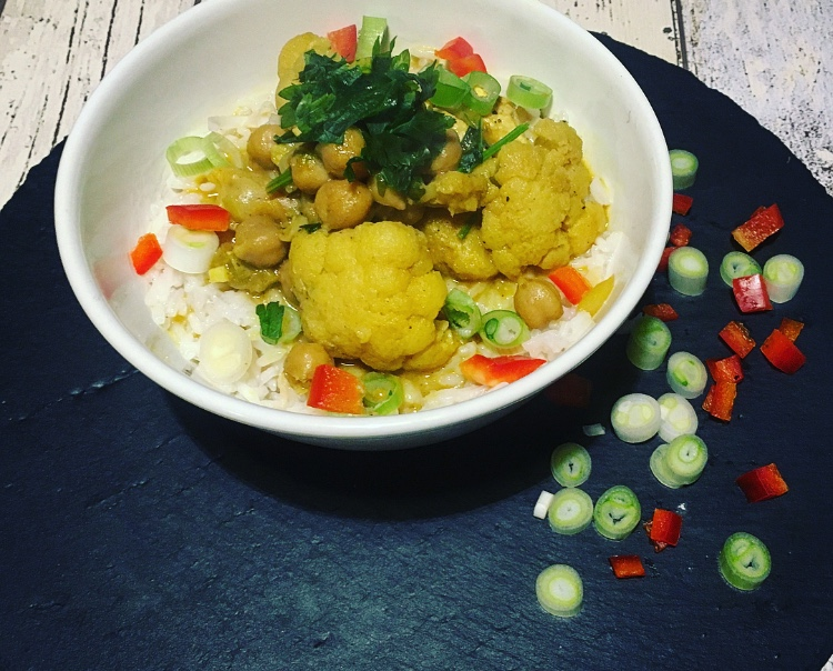 Blumenkohl Curry mit Kichererbsen