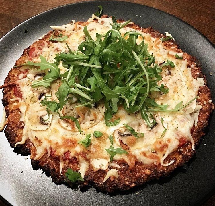 Low Carb Blumenkohl-Pizza